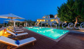 Spetses, for sale, large prime estate with three luxury villas
