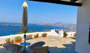 Andros, traditional villa with pool for sale