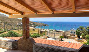 Andros, house on the beach for sale