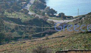 Kea: beautiful plot of land by foot to the beach