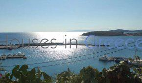 Andros, Batsi, detached house with sea view for sale