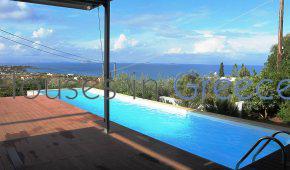Villa d'architecte à vendre à Egine