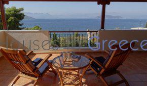 Villa for sale in Aegina with fantastic seaview