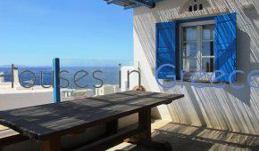 Holiday house on Tinos for sale