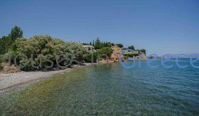 Private beach Villa in Evia for sale