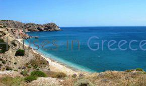 plot on the beach in Milos for sale