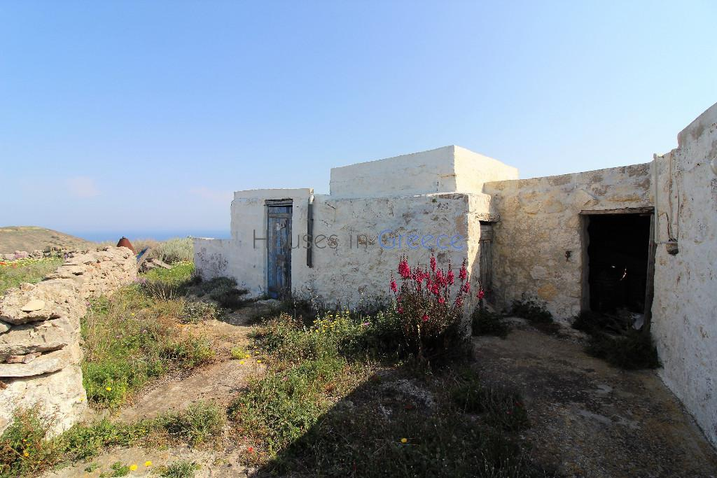 Traditional House In Milos For Sale Houses In Greece Luxury Real