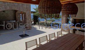 Dream Villa for sale in Aegina