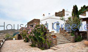 Tinos:elegant house with view for sale