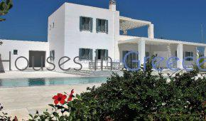 Luxury villa with swimming pool for sale in Paros