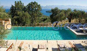 Luxury villa for sale in Corfu