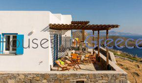 Serifos, house with sea view for sale
