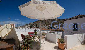 House for sale in Hydra town