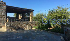 Stone house for sale in the heart of Kea