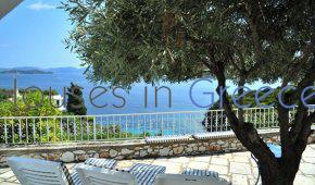 Skiathos, villa for sale, 50m from the beach