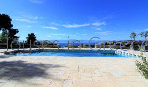 Porto Heli, maison avec vue sur mer et piscine à vendre