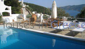 Poros, beautiful house with pool and sea view for sale
