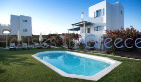 Naxos, new built house with pool at the beach for sale