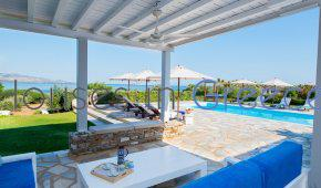 Elegant villa  for sale in Antiparos