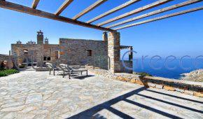 Stone house with amazing sunset view in Kea